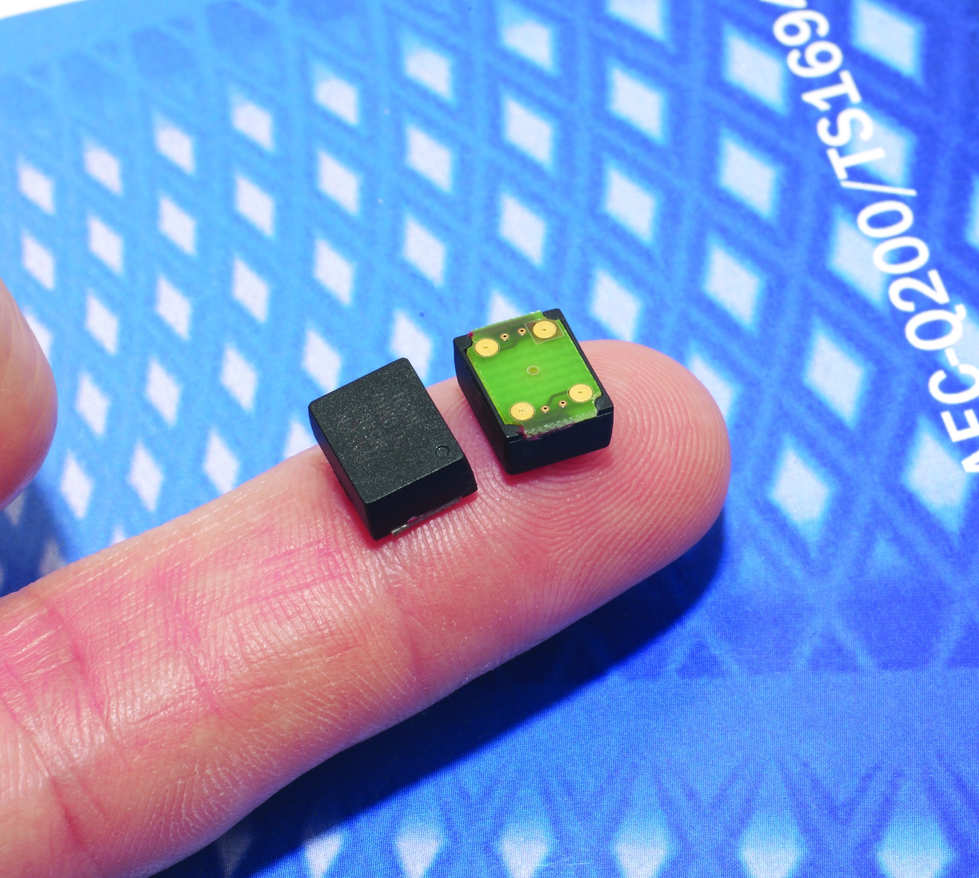 World's smallest surface mount OCXO